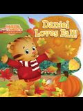Daniel Loves Fall!