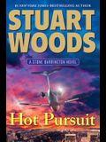 Hot Pursuit (A Stone Barrington Novel)