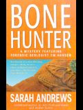 Bone Hunter (Em Hansen Mysteries)