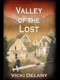 Valley of the Lost: A Constable Molly Smith Mystery