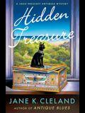 Hidden Treasure: A Josie Prescott Antiques Mystery