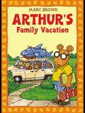 Arthur's Family Vacation: An Arthur Adventure [With *]