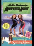 The Case of the Surfing Secret [With 2 Mary-Kate & Ashley Photos]